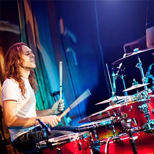 bubnjar na bubnjevima